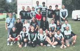 Les membres du TRY et leur entraîneur Joël Maillefer (tout à g.) se réjouissent de l'opportunité de disputer une épreuve à domicile et devant leur public. ©TRY