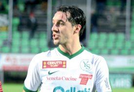 Yverdon Sport a touché les montants du but zurichois à trois reprises en première mi-temps. Le gardien Bojan Miloslavljevic était battu à chaque fois... ©Michel Duvoisin