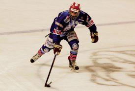 Huit buts, cinq assists : Jason Berney est le meilleur compteur du HC Vallée de Joux après treize rencontres (lui-même en a disputé onze). ©DR