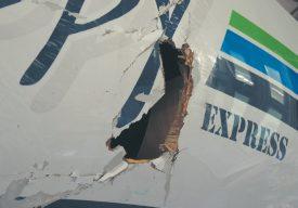Les dégâts étaient importants, après l'accident. Poopy Express a repris la forme d'un bateau de course au chantier naval Burkhalter. ©Christiane Baudraz