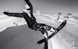 Lucas Baume partage ses talents de rider sur les réseaux sociaux, et ça marche plutôt bien. ©Luca Crivelli
