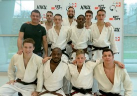 Les jeunes judokas yverdonnois, samedi dernier lors de leur sauvetage, avec leur mentor Frank Dégallier (en noir). ©DR