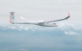 Suivant les courants, l'aéronef peut parcourir plusieurs centaines de kilomètres en vol plané. © Simon Gabioud