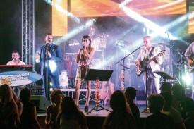 Célèbre groupe musical italien, l'Orchestra Casadei a enflammé La Marive lors de la soirée de samedi. © Michel Duvoisin