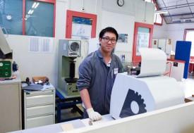 Seric Chun, employé au laboratoire de recherche de qualité. © Blanchard