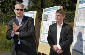 Sandro Rosselet, directeur du projet de la route de contournement (à g.) et Sacha Mei, chef de projet.