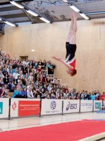 Avec un salto tendu vrillé en fin de programme, Justin Delay a reconquis le sacre national au sol. ©David Piot