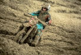 Kevin Auberson a remporté son titre dans une sacrée gadoue, dimanche dernier, à La Chaux-sur-Cossonay. On comprend pourquoi il n'y a eu qu'une seule manche! ©Jey Crunch