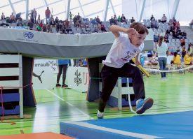 Les concurrents ont eu à franchir toutes sortes d'obstacles, lors des relais. ©Champi