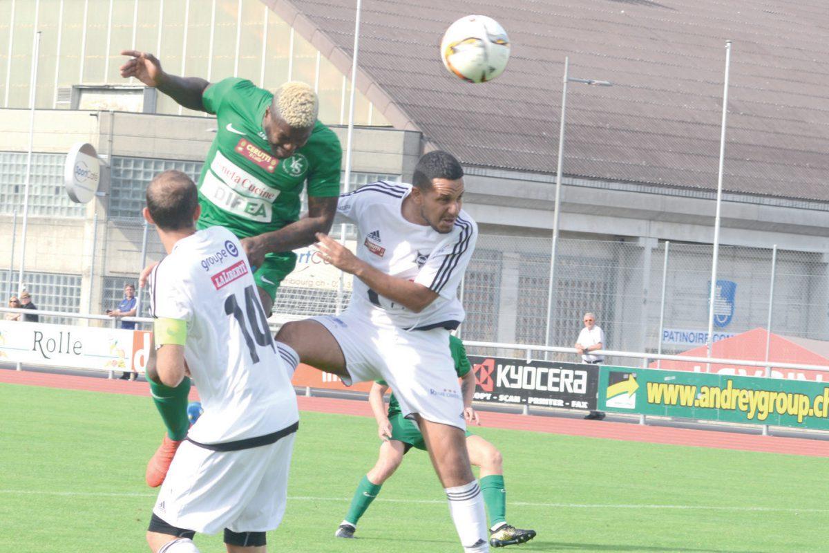Djibril Cissé marque son territoire