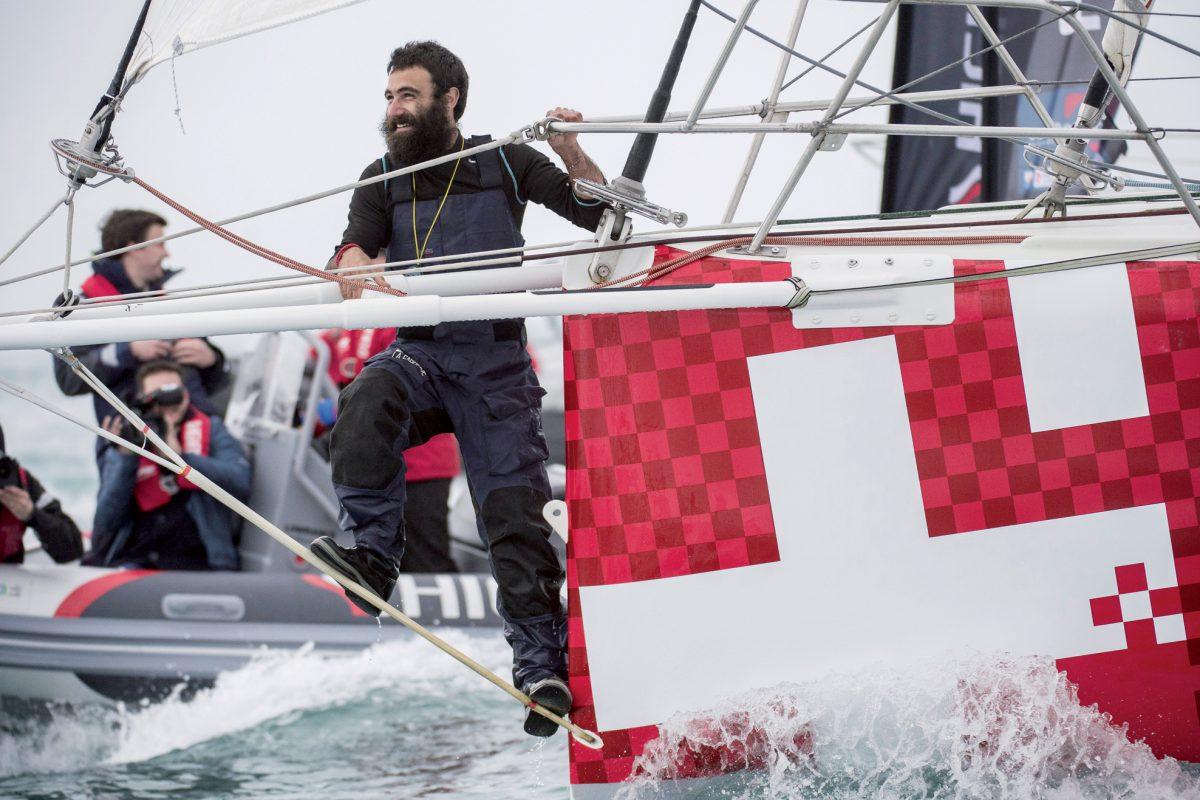 Cent cinq jours et 28 359 milles sur les mers pour Alain Roura