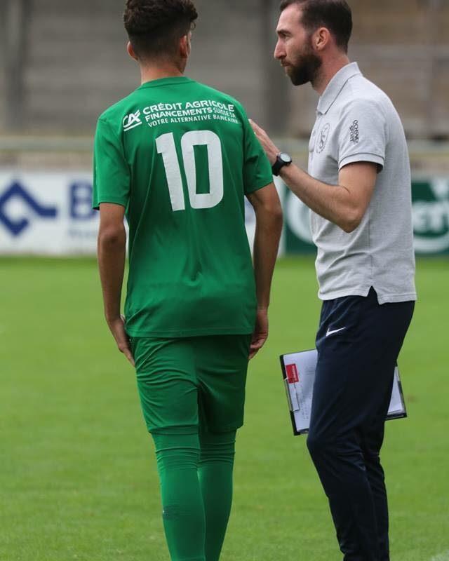 Avec Marf Vetroff, la relève goûte au football professionnel