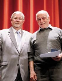 Christian Carrard, du Club alpin suisse et de la Matelote (à dr.), a reçu le Coup de coeur de cette 115e édition. A gauche: le président de l'USLY, Daniel Jaccaud.