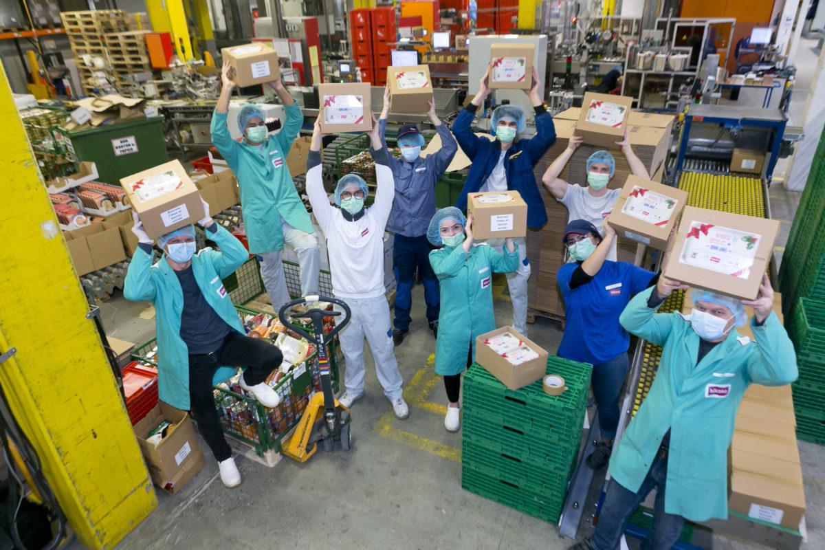 Hilcona et la Commune d'Orbe s'associent pour offrir 1000 cartons de nourriture à la population