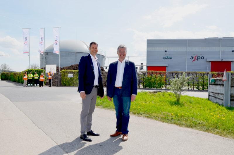 Selon Raphael Bapst, responsable romand Biomasse, et Denis Kobler, responsable des exploitations en Suisse romande, le réservoir est utile mais pas rentable. © Christelle Maillard