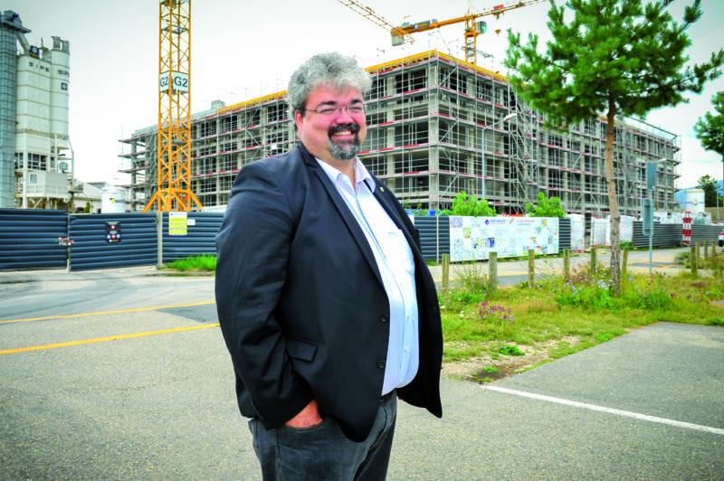 Pour le municipal Pierre Dessemontet, le CAD, tel celui qui alimentera le Collège des Rives, est la solution pour éviter que la Ville ne perde ses clients au vu de la libéralisation des marchés de l'énergie qui s'annonce. ©